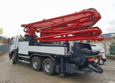 1 off Used MERCEDES / SERMAC model 5Z32 SCL130 Truck Mounted Concrete Pump (2005)